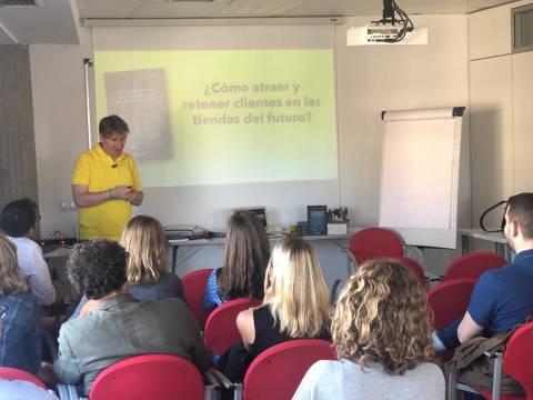 Marcos Álvarez vino a hablar de su libro (Vídeo)